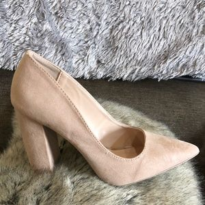 Nude chunky heel size 6.5